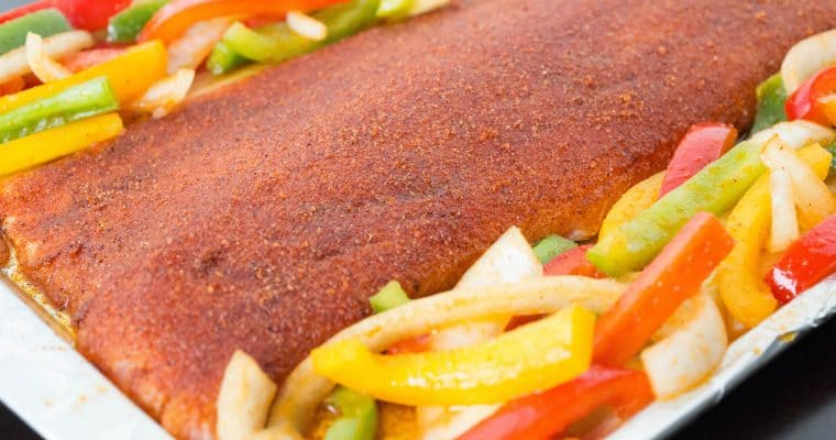 Easy One Pan Fajita Salmon & Peppers Recipe
